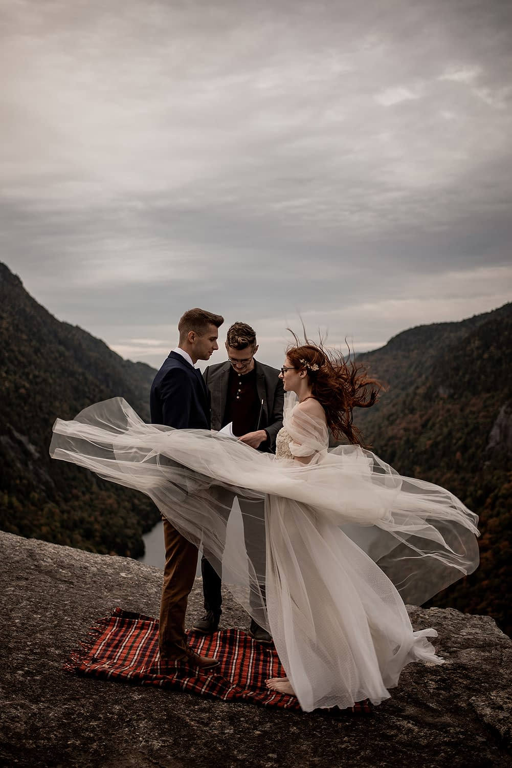 Mountaintop elopement in the ADKs on Indian Head, Keene Valley